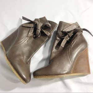 Chloe Shoes - HOST PICK! Chloe brown leather ankle tie boots